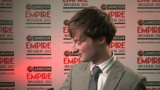 vídeos y material grabado en eventos de stock de interview philip askins on winning the award and what it means to him at the jameson empire awards winners press conference at the grosvenor house... - hotel grosvenor house londres