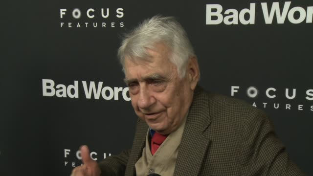 vídeos de stock e filmes b-roll de interview philip baker hall on why audiences are loving this film on why audiences are craving this humor on his character on jason bateman directing... - dirigir