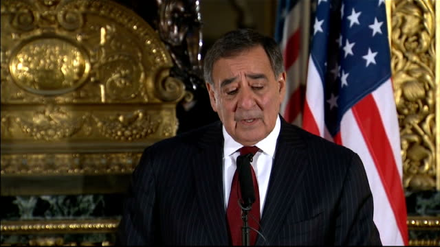 philip hammond and leon panetta joint press conference leon panetta press conference sot it is a pleasure to have been in london over the last few... - アルジェリア人質事件点の映像素材/bロール