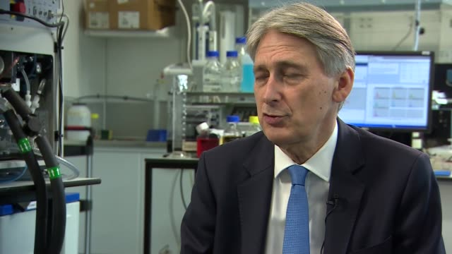 philip hammond visits francis crick institute england london king's cross the francis crick institute int philip hammond mp interview sot this is a... - francis crick stock videos & royalty-free footage