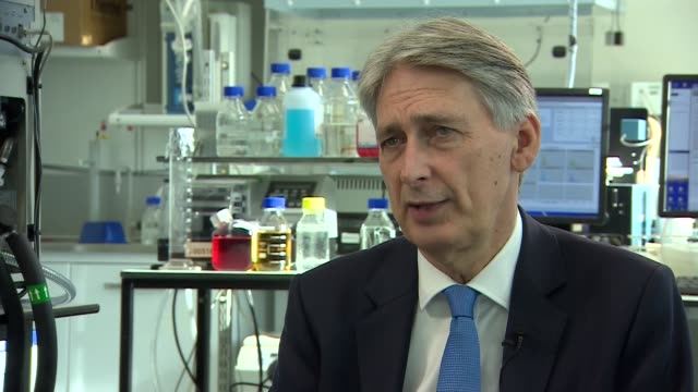 philip hammond visits francis crick institute philip hammond mp interview sot confident we will be able to make progress in touch with business... - francis crick stock videos & royalty-free footage