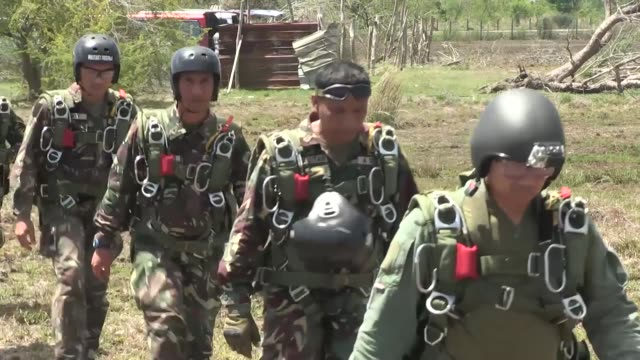 Philippine Australian and US Special Forces soldiers perform highaltitude lowopening training during Balikatan 2014 at Fort Magsaysay Philippines May...