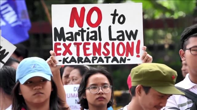 Philippine President Rodrigo Duterte won an extra year of martial law powers across the southern third of the country on Wednesday to combat Islamic...