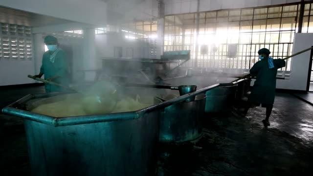 philippines, panay island, raw sugar production process (fair trade) - evaporation stock videos & royalty-free footage