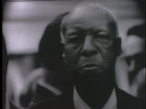 phillip randolph of the negro american labor council describes a conference with the president of the united states. - アメリカ公民権運動点の映像素材/bロール