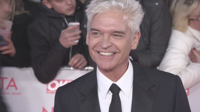 phillip schofield at national television awards at the o2 arena on january 23, 2018 in london, england. - フィリップ スコフィールド点の映像素材/bロール