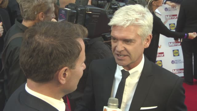 phillip schofield at the daily mirror's pride of britain awards at grosvenor house on september 28 2015 in london england - phillip schofield stock videos & royalty-free footage