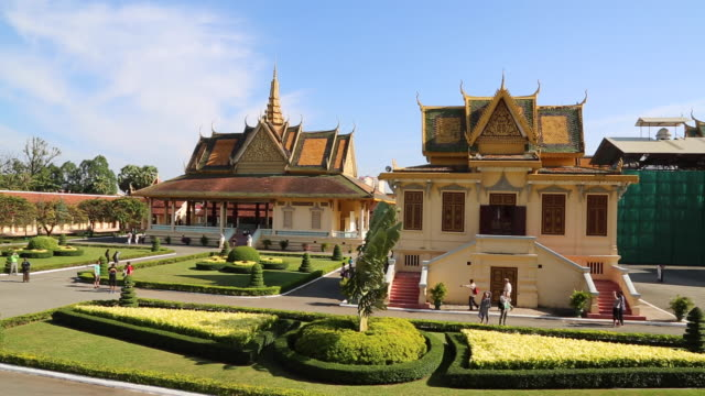 phnom penh, the royal palace (preah barum), the royal residence of the king of cambodia - phnom penh stock videos and b-roll footage