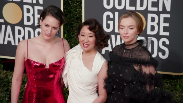 phoebe wallerbridge sandra oh jodie comer at 76th annual golden globe awards arrivals in los angeles ca 1/6/19 4k footage - レッドカーペット点の映像素材/bロール