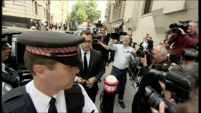 andy coulson sentenced to 18 months; england: london: old bailey: ext andy coulson from taxi and through throng of press photographers into court - sentencing stock videos & royalty-free footage