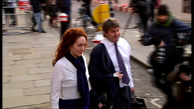 rebekah brooks gives evidence in her defence london old bailey various of charlie and rebekah brooks along as leaving court and getting into taxi - レベッカ ブルックス点の映像素材/bロール
