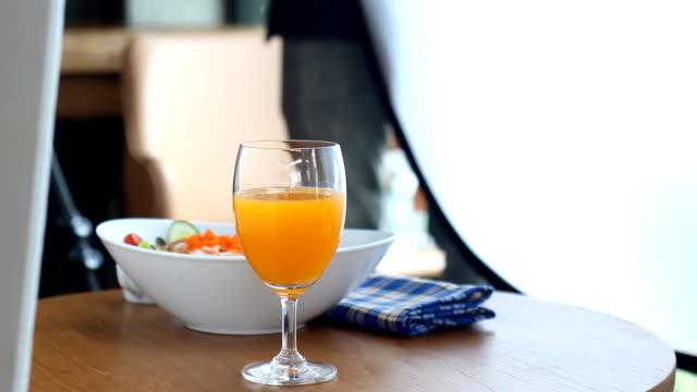 Fotografen verwenden die Lichtfilter, Food-Fotografie