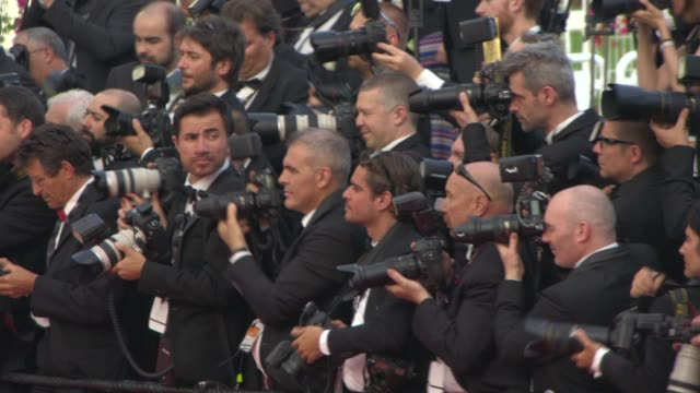 photographers at opening ceremony: 'la tete haute' red carpet at palais des festivals on may 13, 2015 in cannes, france. - fotografo video stock e b–roll