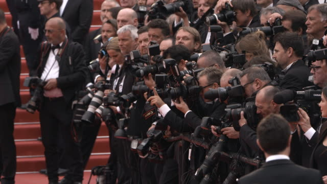 photographers at 'the dead don't die' red carpet arrivals opening ceremony - the 72nd cannes film festival on may 14, 2019 in cannes, france. - fotograf bildbanksvideor och videomaterial från bakom kulisserna