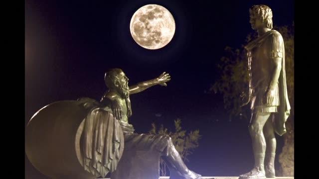 vídeos de stock, filmes e b-roll de photos of the super snow moon rising across the world from greece north macedonia france and india - espaço e astronomia