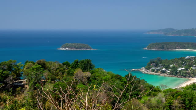 vídeos de stock, filmes e b-roll de phuket island view do ponto de vista, plano de grua - ponto de observação