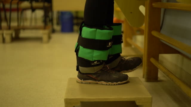 physical therapy - physiotherapy stock videos & royalty-free footage