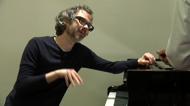 pianist james rhodes interview and performance james rhodes at piano with reporter jon snow beside and interview sot on playing rachmaninov triumph... - sergei rachmaninoff stock videos & royalty-free footage