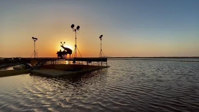 ITA: Marsala Saline Water Lake Concert
