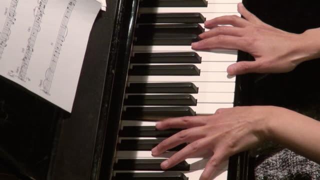 Piano player playing jazz