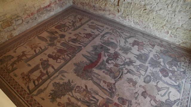 Piazza Armerina (villa Romana del Casale), room of the small hunt