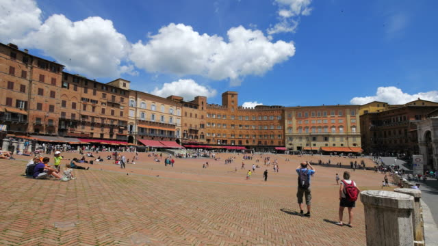 piazza del campo in siena, tuscany, italy - campo stock videos & royalty-free footage