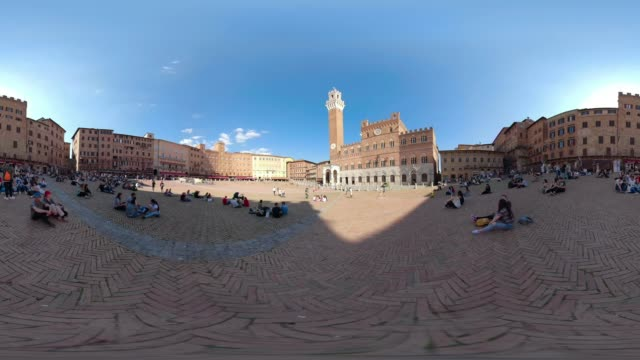 360 vr / piazza del campo, siena - 360 video stock videos & royalty-free footage