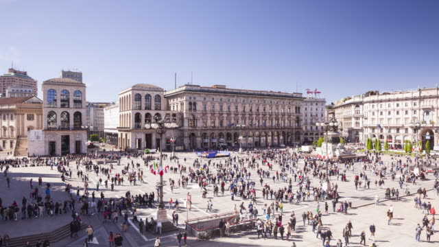 piazza del duomo in milan, italy. - piazza del duomo milan stock videos and b-roll footage