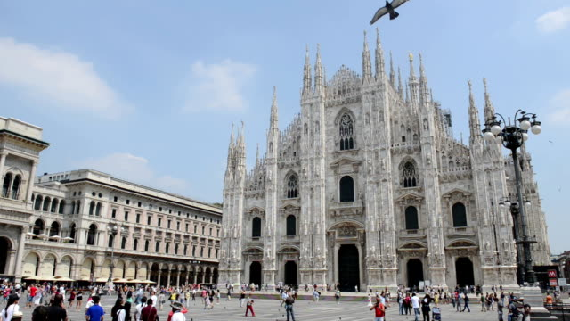 piazza del duomo in milan - milan stock videos & royalty-free footage