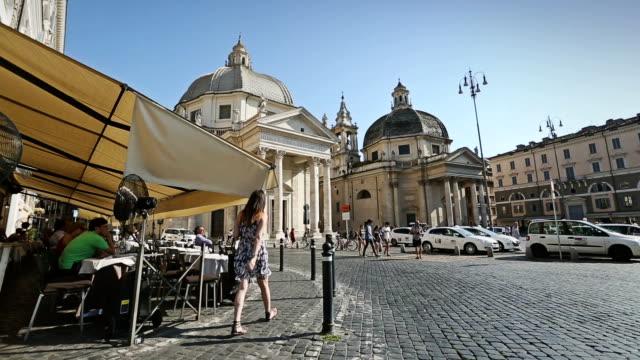 vídeos de stock e filmes b-roll de piazza del popolo in rome - romano