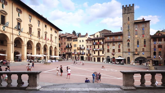 piazza grande in arezzo, italy. - courtyard stock videos & royalty-free footage