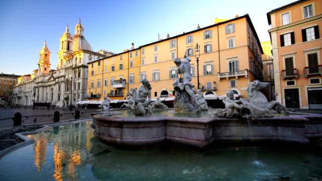 piazza navona in rome, italy - piazza video stock e b–roll