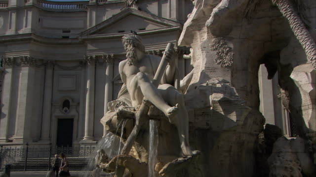 piazza navona, rome - male likeness stock videos & royalty-free footage