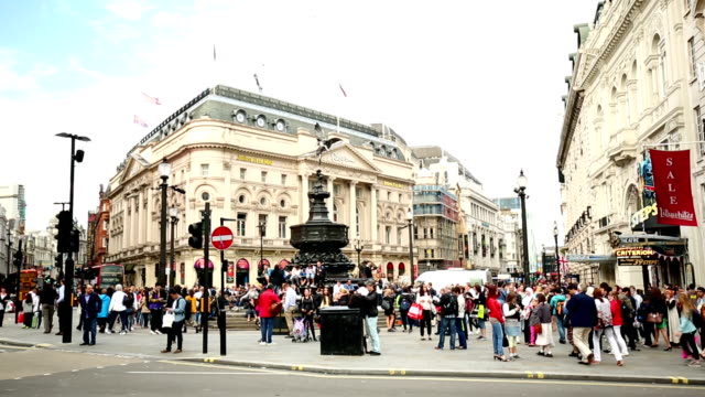 picadilly circus - london - piccadilly circus stock videos and b-roll footage