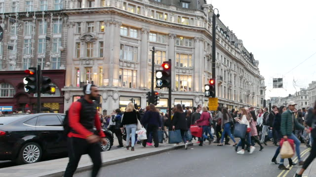 piccadilly circus oxford & regent street, london, england panning - double decker bus stock videos & royalty-free footage