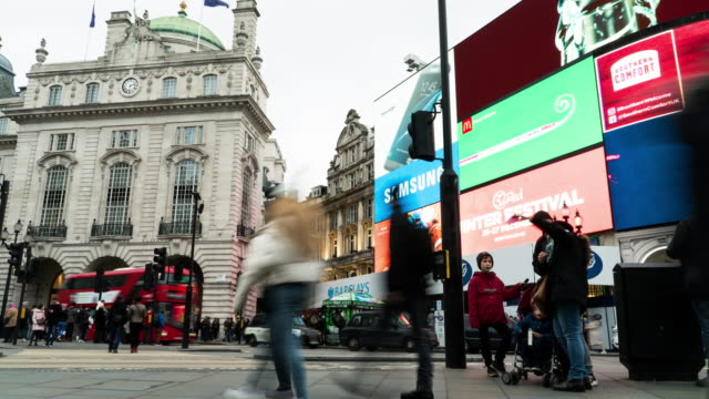 piccadilly circus,time lapse. - piccadilly circus stock videos and b-roll footage