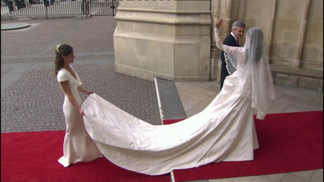 pictures of royal family stolen from pippa middleton's icloud account; lib / 29.4.2011 england: london: westminster abbey: ext pippa middleton... - cloud computing stock videos & royalty-free footage