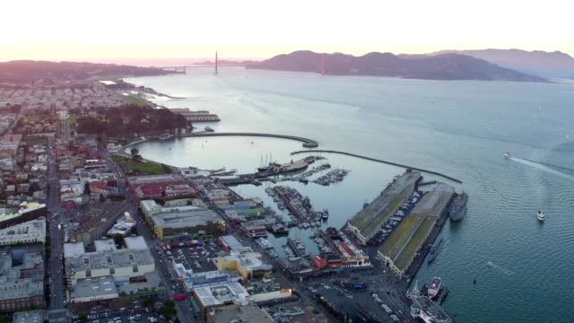 stockvideo's en b-roll-footage met pier 39 san francisco - pier 39