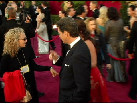pierce brosnan and keely shaye smith at the 2005 annual academy awards arrivals at the kodak theatre in hollywood california on february 28 2005 - keely shaye smith and pierce brosnan stock videos & royalty-free footage