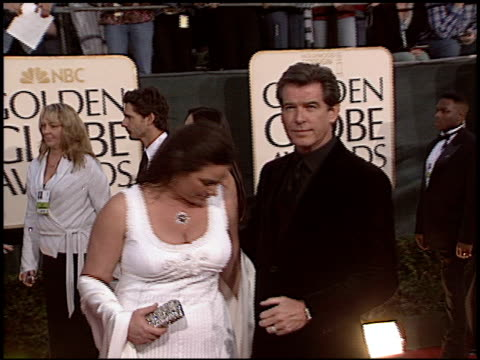 pierce brosnan at the 2006 golden globe awards at the beverly hilton in beverly hills california on january 16 2006 - pierce brosnan stock videos and b-roll footage