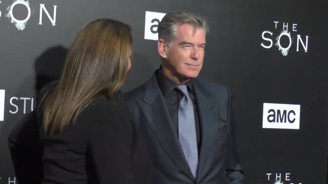 pierce brosnan at the premiere of amc's 'the son' on april 03, 2017 in hollywood, california. - ピアース・ブロスナン点の映像素材/bロール