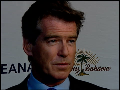 pierce brosnan on being honored on his involvement with the environment on what oceana has accpomplished at the oceana celebration of its 2006... - pierce brosnan stock videos and b-roll footage