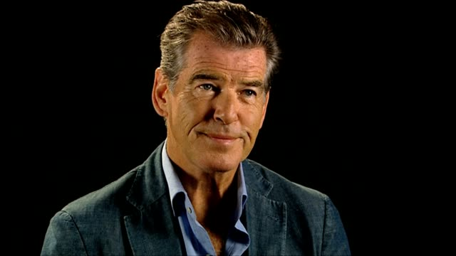 pierce brosnan on directors offering him his first big jobs at love is all you need interviews: 69th venice film festival on september 03, 2012 in... - ピアース・ブロスナン点の映像素材/bロール