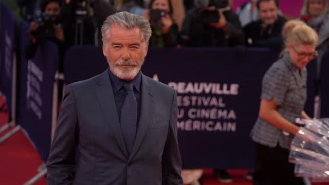 pierce brosnan on the red carpet of the 2019 deauville film festival - ピアース・ブロスナン点の映像素材/bロール