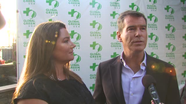 pierce brosnan with keely shaye smith on the event at the global green usa 14th annual millennium awards at santa monica ca - keely shaye smith and pierce brosnan stock videos & royalty-free footage
