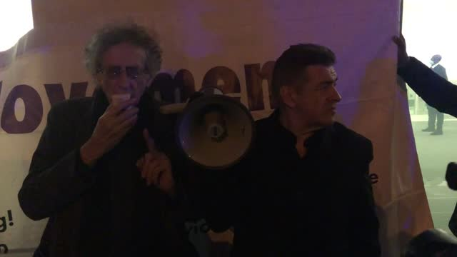"piers corbyn hit out at the ""covid con"" as he addressed supporters outside westminster magistrates' court. the former labour party leader's brother... - rippled stock videos & royalty-free footage"