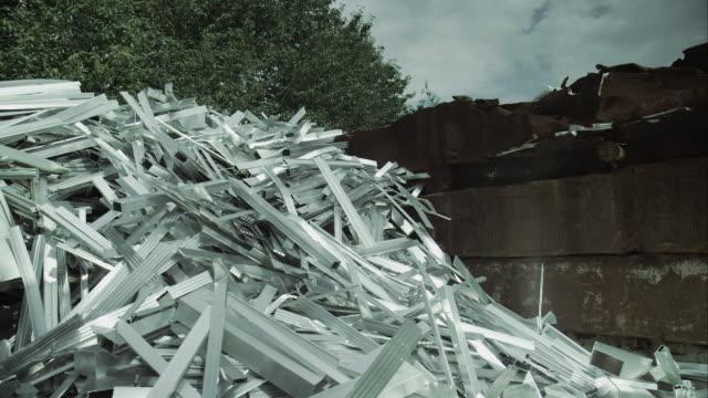 Pile de ferraille sur junkyard