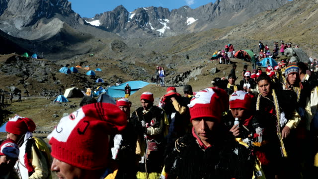 pilgrims climb the mountain at sunrise during the annual qoyllur rit'i festival on may 28, 2018 in ocongate, peru. every year, since 1783 in the... - religious celebration stock videos & royalty-free footage