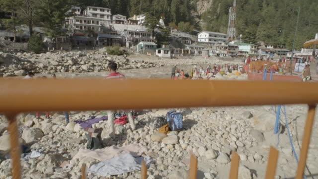W/S CRANE UP pilgrims in Gangotri (source of the Ganges river)