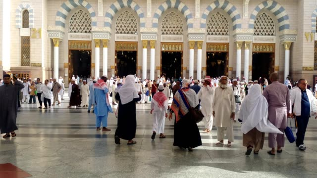 pilgrims in prophet's mosque for prayer. - pilgrimage stock videos & royalty-free footage